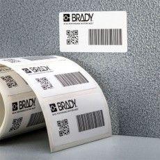 Термотрансферные этикетки из белого глянцевого полиэстра Brady B-422 для промышленной маркировки.