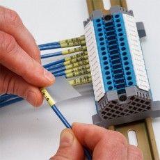 Самолам маркер для маркировки проводов в терминальных блоках.